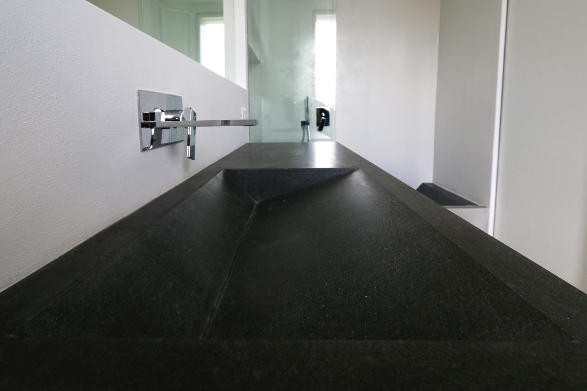 Lavabo in pietra lavica